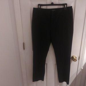 Gianni Bini, black cropped pants size 10
